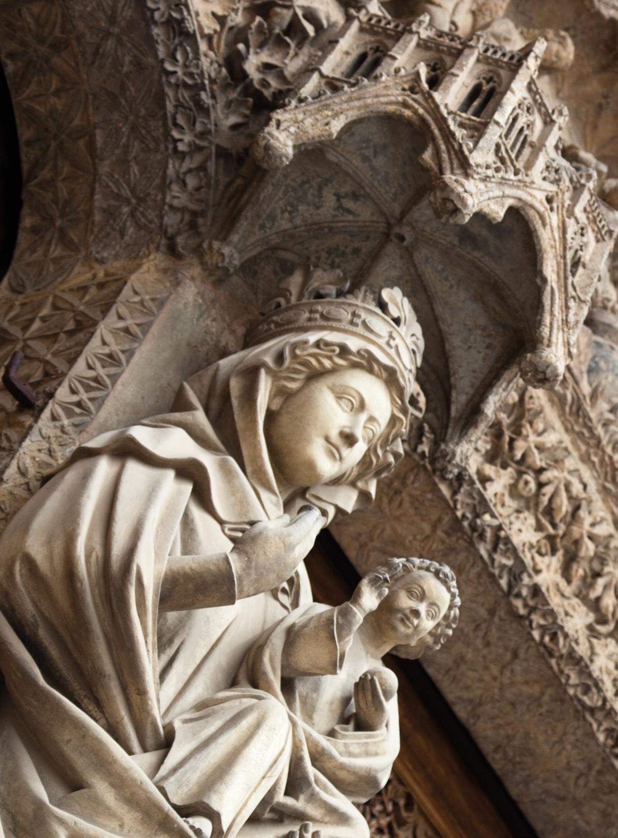 Virgen Blanca Catedral León